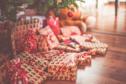 christmas-presents-under-tree-picjumbo-com